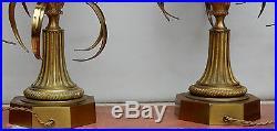 1950/70, Maison Charles, Paire de lampes Charles, oeuf en resine fractable signées