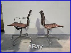 2 fauteuils Eames Aluminium Group Vintage EA 108 + EA 117