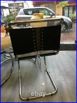 4 chaises acier cuir de Mies Van der Rohe réedité par Knoll 80