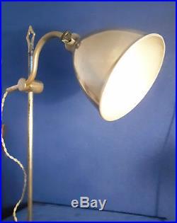 ANCIENNE LAMPE D'ATELIER, HORLOGER PRATIC déposé en métal nickelé époque 1930