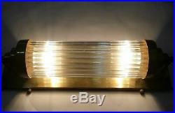 Ancien Art Deco Skyscraper Nickel Brass Glass Rod Lumiere Appliques murale Lampe