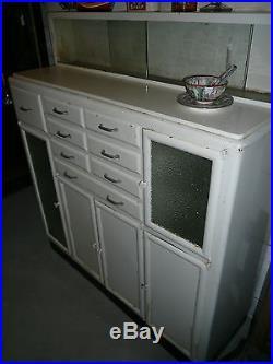 Ancien meuble de métier/dentiste en metal