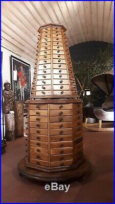 Ancien meuble de metier quincaillerie
