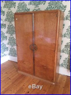 Ancienne armoire Art Deco 1930 Loupe de Thuya, lingère