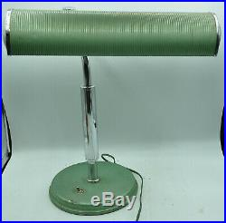 Ancienne et rare lampe de bureau JUMO modèle COMPTA collection design industriel