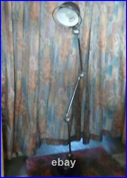 Ancienne lampe d'atelier, 3 bras articulés. JIELDE, usine, industriel