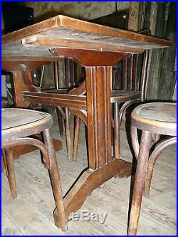 Ancienne table de bistrot + 4 chaises