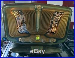 Antique French radio EXCELSIOR SNR 55 Poste à lampe TSF Papillon vert lézard