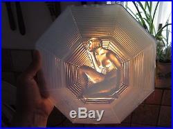 Applique Art Déco, Simonet Frères et Henri Dieupart, en verre opalescent