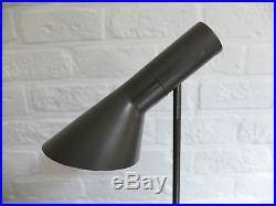 Arne Jacobsen Lampe Vintage AJ table lamp Louis Poulsen, Denmark 1960s