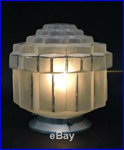 BELLE LAMPE BUILDING MODERNISTE ART DECO SKYSCRAPER GRATTE-CIEL 1930 n4