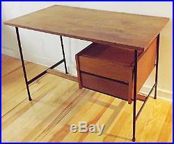 meubles et d coration blog archive bureau ann es 50 60 en bois vintage design 1950 1970 era. Black Bedroom Furniture Sets. Home Design Ideas