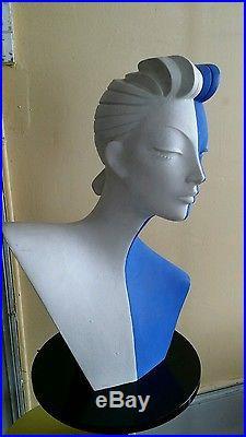 Buste mannequin sculpture street art pop art graff années 80 Memphis Sottsass