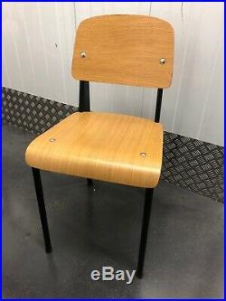 Chaise Standard Métropole de Jean Prouvé pour TECTA métal noir et chêne 1980