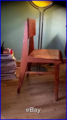 Chaise tout bois de Jean Prouvé