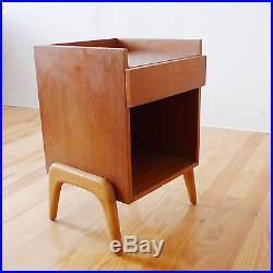 Chevet scandinave vintage années 50 60 70 design 1970 en teck table de nuit