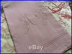 Drap ancien en pur lin brodé teint rose poudré AB //old linen sheet dirty pink