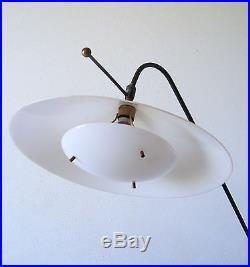 Exceptionnel Lampadaire Balancier A Contre Poids De Robert Mathieu Circa 1950