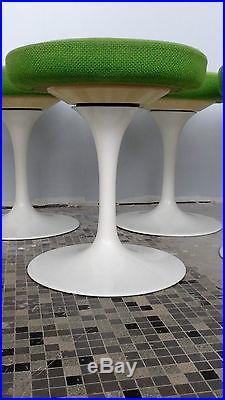 Eero SAARINEN éd Knoll Tabouret tulipe vintage design stools