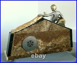 Exceptionnelle pendule d'époque art déco 1925-1930 la déesse Hera et son paon