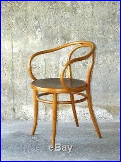 Fauteuil Le Corbusier de Fischel vers 1910, type B9, assise bois. (no Thonet)