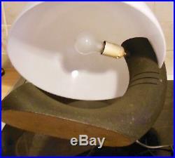 GRANDE LAMPE ANCIENNE DESIGN, VINTAGE MÉTAL et variété d''acrylique Perspex