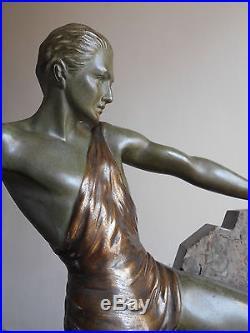 Grande Ancienne Sculpture Statue Art Deco en Bronze Panthere Athlete BRAULT