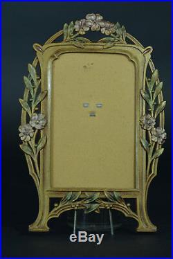 Joli cadre porte photo Art Nouveau décor de fleurs& feuillages