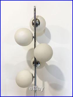 Lampadaire Vintage' 5 boules en verre opalin' des années 70's