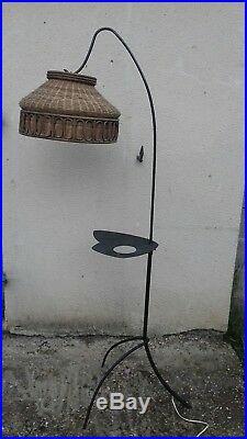Lampadaire tripode métal noir et osier année 50/60 vintage
