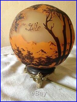 Lampe Boule Sur Socle Bronze Decor Paysages Signe, Tip Gallé