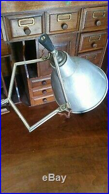 Lampe Buquet bureau vintage atelier disign no gras mategot perriand