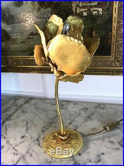 Lampe En Metal Doré En Forme De Fleurs (signature Illisible + Par Lucien Gau)