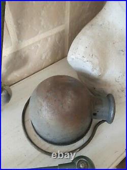Lampe Jielde 3 bras de 40cm + un globe vintage indus atelier