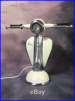 Lampe Scooter Vespa Objet Style Vintage De 42 CM De Haut