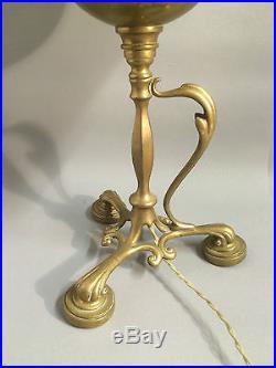 Lampe à pétrole ancienne montée en lampe en bronze et cuivre Epoque Art Nouveau