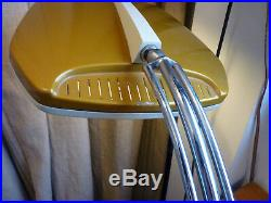 Lampe de bureau FASE Modèle Falux Diffuseur en verre d'origine Années 70