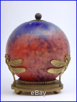 Lampe veilleuse en pâte de verre monture à décor de Libellules Art Nouveau 1900