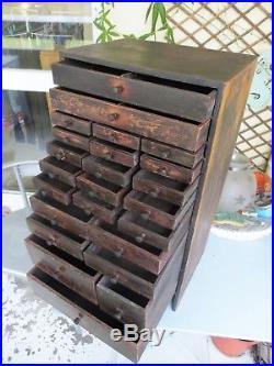 Layette d'horloger meuble de métier ancien horlogerie bijoutier mercerie tiroirs