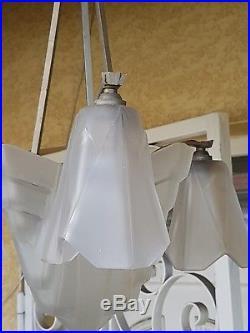 Lustre En verre moulé Art Déco Signé DEGUÉ