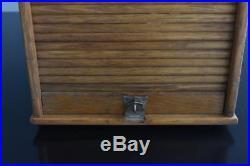 Meuble de métier casier à rideau de dentiste années 50
