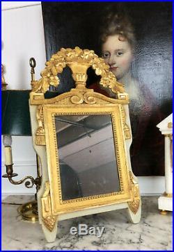 Miroir D'époque Louis XVI En Bois Doré Et Sculpté Avec Glace Au Mercure Du 18eme