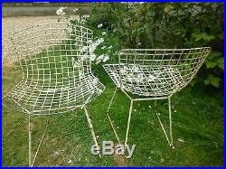 Paire de chaises Bertoïa anciennes
