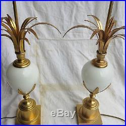 Paire de lampes opaline blanche Maison Charles