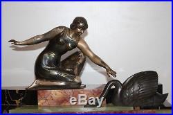Pendule horloge art déco marbre onyx régule femme cygne cassolette
