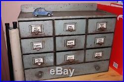Petit meuble industriel à casiers tiroirs design vintage atelier indus metal