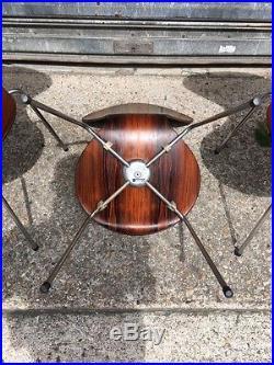 Rare suite de 4 chaises d'Arne Jacobsen en palissandre édition Fritz Hansen