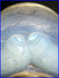 René LALIQUE Pendule Deux Colombes opalescente époque Art Déco