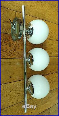 SUITE APPLIQUE TRIPLE + PAIRE LAMPE Métal Chromé GLOBE OPALINE-DESIGN ITALIE 70