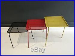 Suite de trois tables gigognes Soumba par Mathieu Matégot, couleurs d'origine